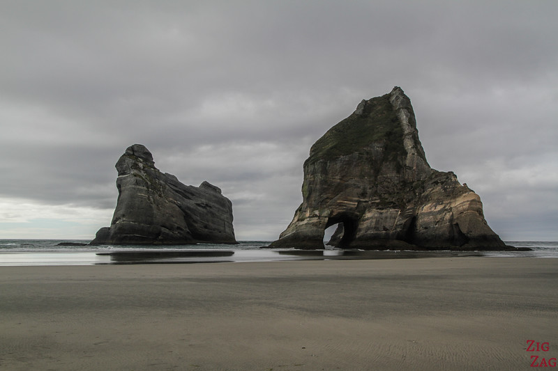 Wharariki's Archway islands 2
