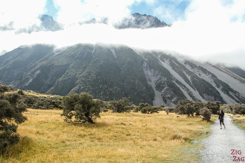 Start of Hooker valley hike