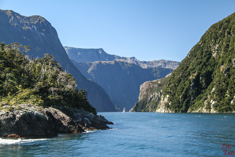 Scenic fjords -  the most famous NZ scenery - Milford