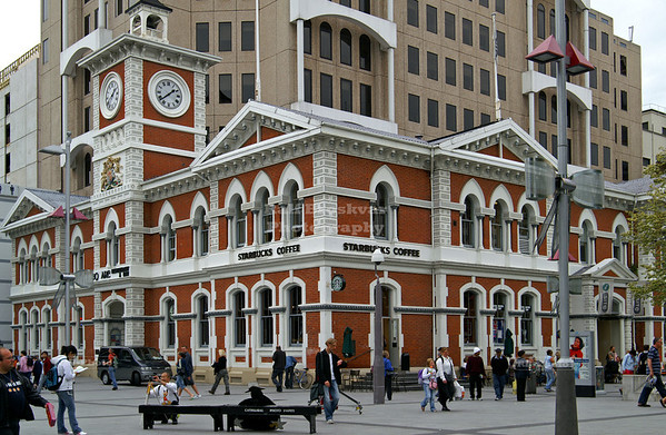 Starbucks in the Old Post Office Building on Cathedral Square, Christchurch, Canterbury, New Zealand