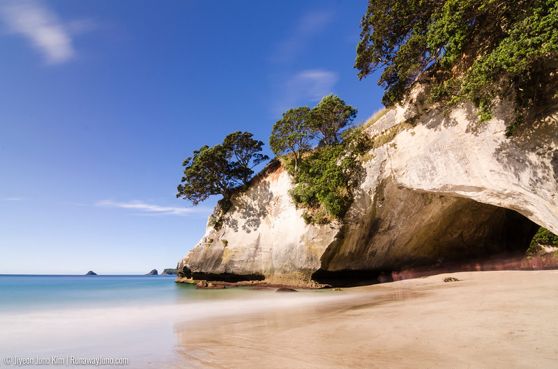 Cathedral cove arch way