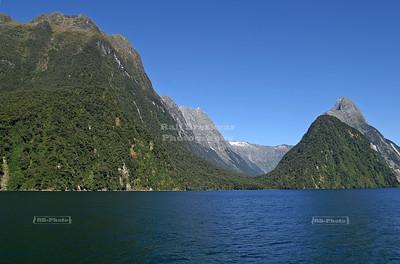 The breathtaking panorama of Milford Sound, Fjordland, South Island, New Zealand