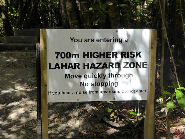Sign of volcanic activity, Tongariro, New Zealand