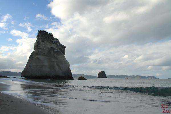 Pinnacle, Cathedral cove, Coromandel peninsula, New Zealand, Photo 2