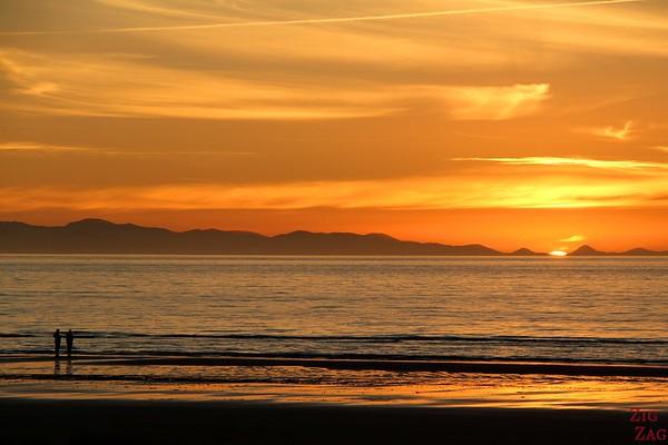 Beach sunset in New Zealand 4
