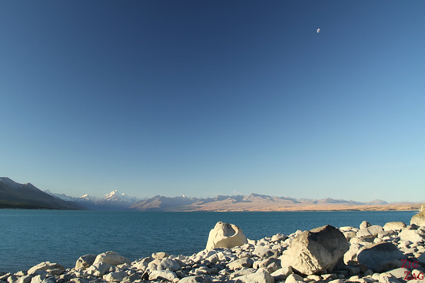 Sunset at Lake Pukaki New Zealand photo 1