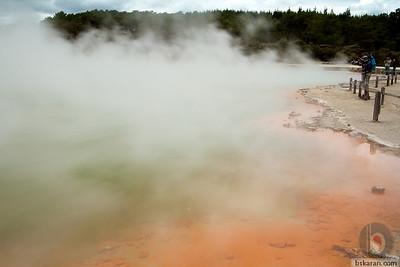 Champagne Pool- Rotorua wai-o-tapu  : New zealand