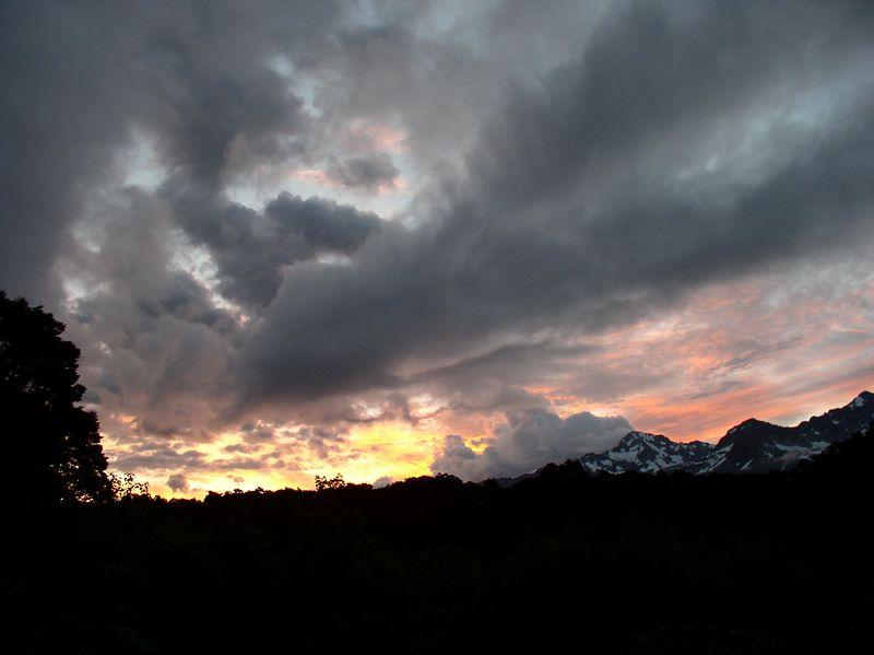 Sunset at lake Mackenzie