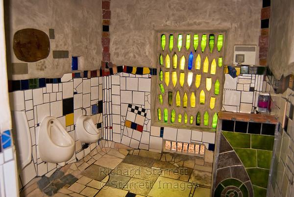 Frederick Hundertwasser bathrooms, Kawakawa