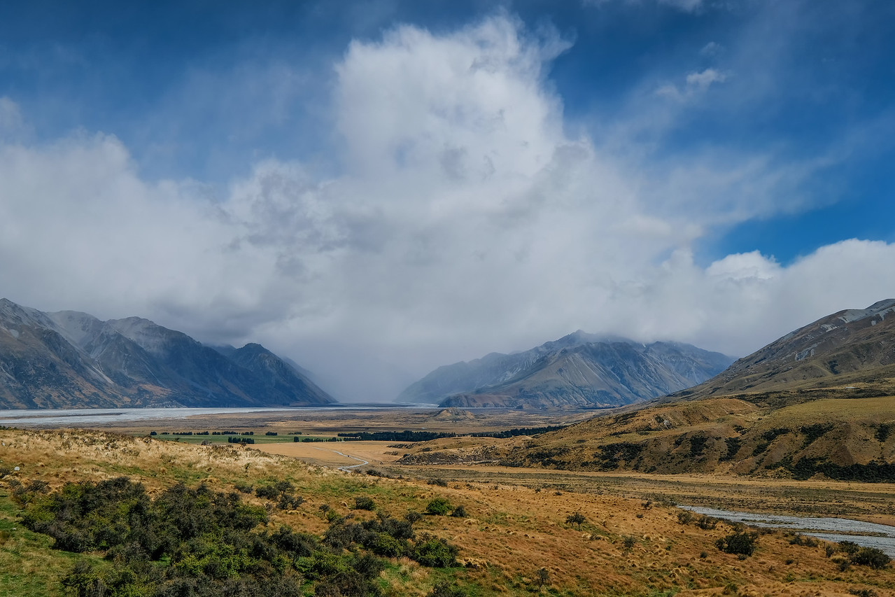 First glimpse from Hakatere Potts Road of Mt. Sunday (site of Edoras, upon which stood the Golden Hall in the Lord of the Rings movies).  The small hill is hard to spot. From bottom of the picture, center, go up one third of the way.
