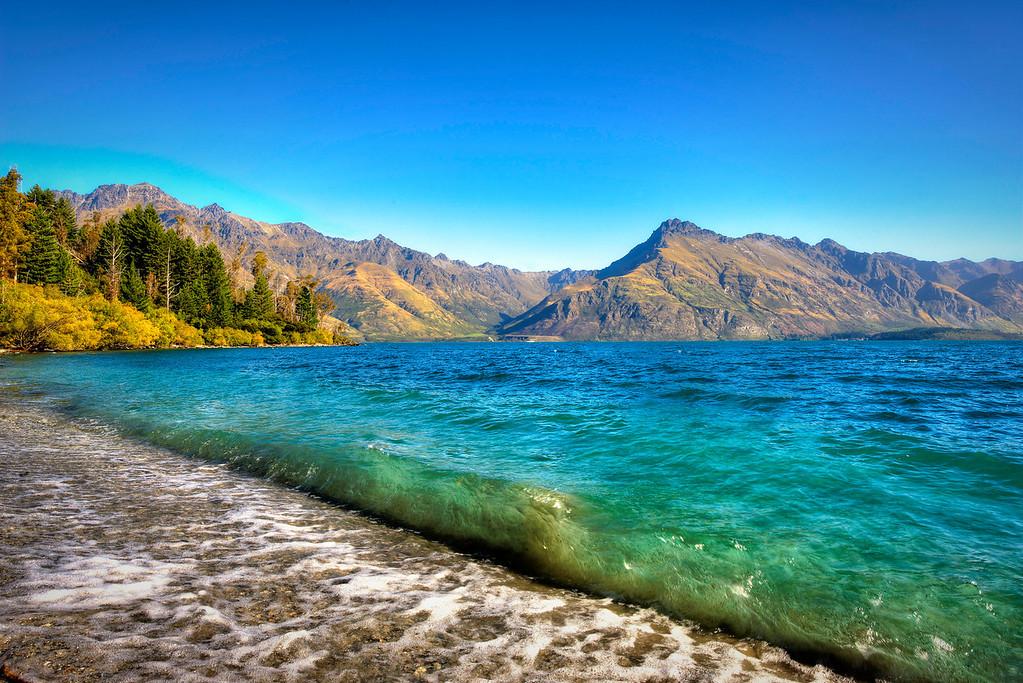 Lake Wakipitu on the way to Glenorchy.