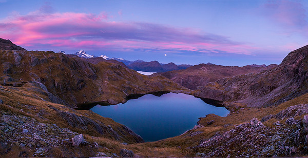 Sunrise, moonset, Fohn Lakes.