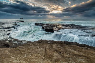 Muriwai surf surge
