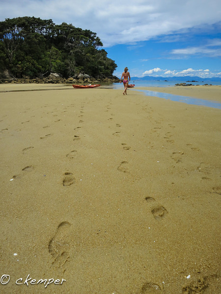 Footprints, Abel Tasman South Island