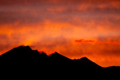 Sunrise on the Remarkable Mountains, Queenstown.
