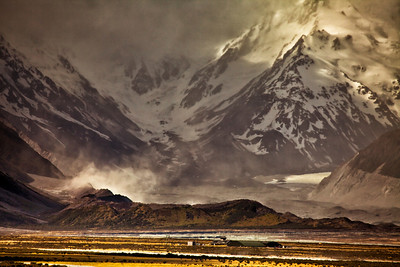 Storm brewing over Mt. Sefton, Aeoraki/Mt. Cook National Park.