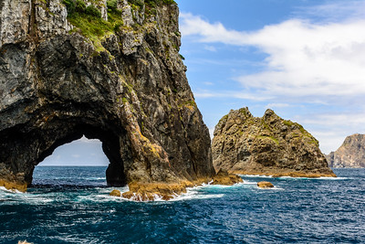 "Bay of Islands, ""Hole in the Rock"""