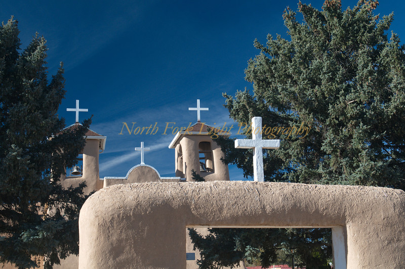 Adobe construction--St Francis de Asis in Taos.