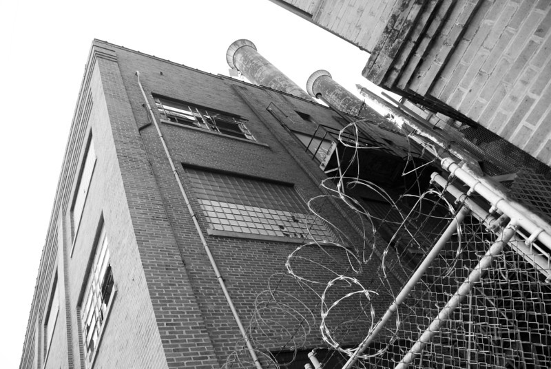 """<span id=""""title"""">Abandoned Power Plant</span> <em>New Orleans</em> Lots of razor wire..."""