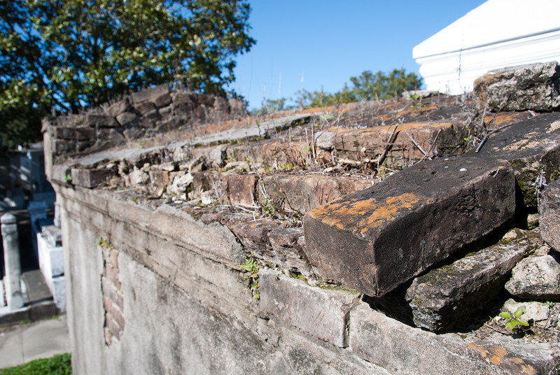 "<span id=""title"">Old Tomb</span> <em>Lafayette Cemetery No. 1</em> This particularly old tomb has seen better days."
