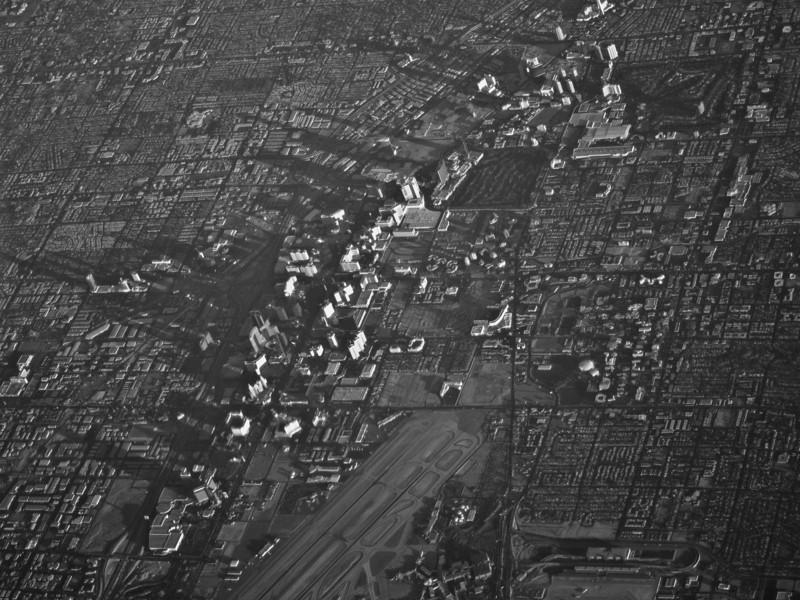 "<span id=""title"">Las Vegas Strip</span> <em>Flight from LAX to STL</em> Early morning on the Vegas Strip"