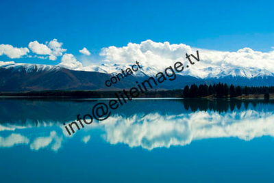 The Southern Alps refect in an alpine lake - New Zealand