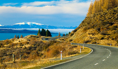 The road to Mount Cook New Zealands highest peak runs along side Lake Pukaki