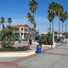 Bike ride through Huntingon Beach (photo by Greg Kott)
