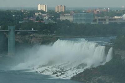 Niagara Falls-jlb-08-01-06-6095