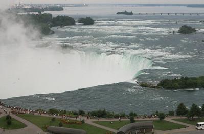 Niagara Falls-jlb-08-01-06-6079