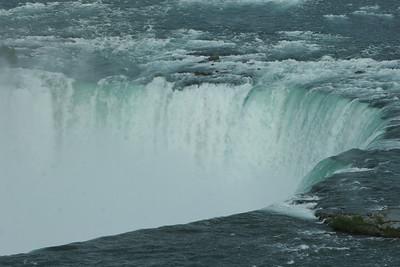 Niagara Falls-jlb-08-01-06-6093 y