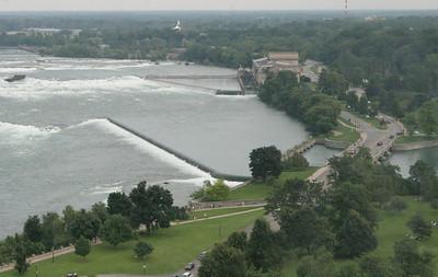 Niagara Falls-jlb-08-01-06-6083
