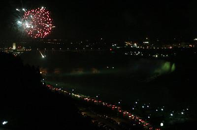 Niagara Falls-jlb-08-01-06-6128