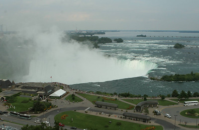 Niagara Falls-jlb-08-01-06-6084