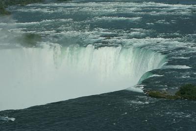 Niagara Falls-jlb-08-01-06-6092 y