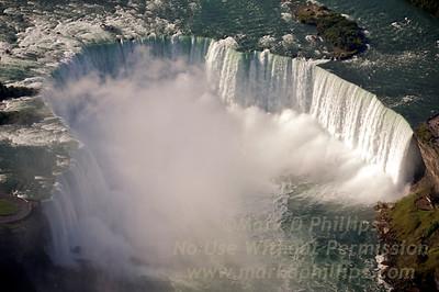 Niagara Falls, Horseshoe Falls, looking at Canada and the Niagara Parks Commission