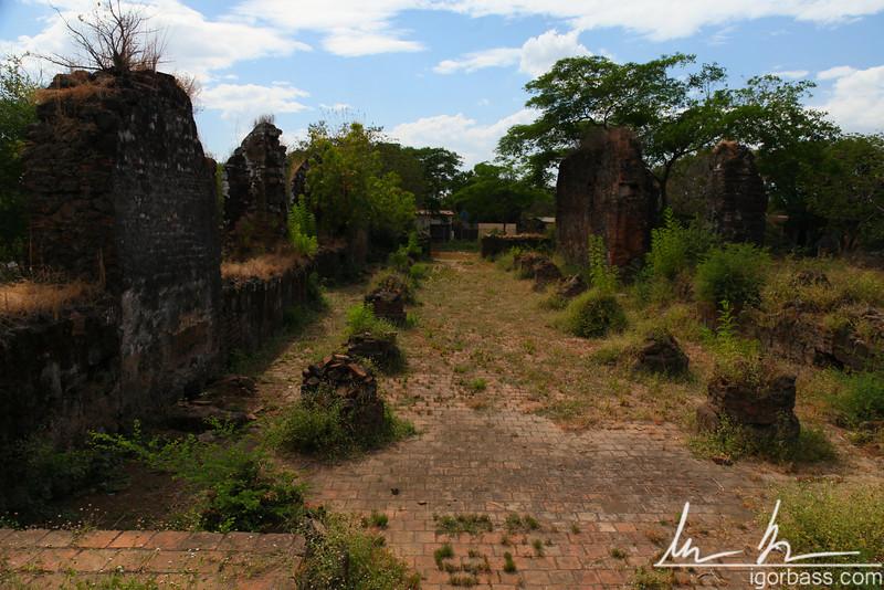 Ruins of a church, Leon