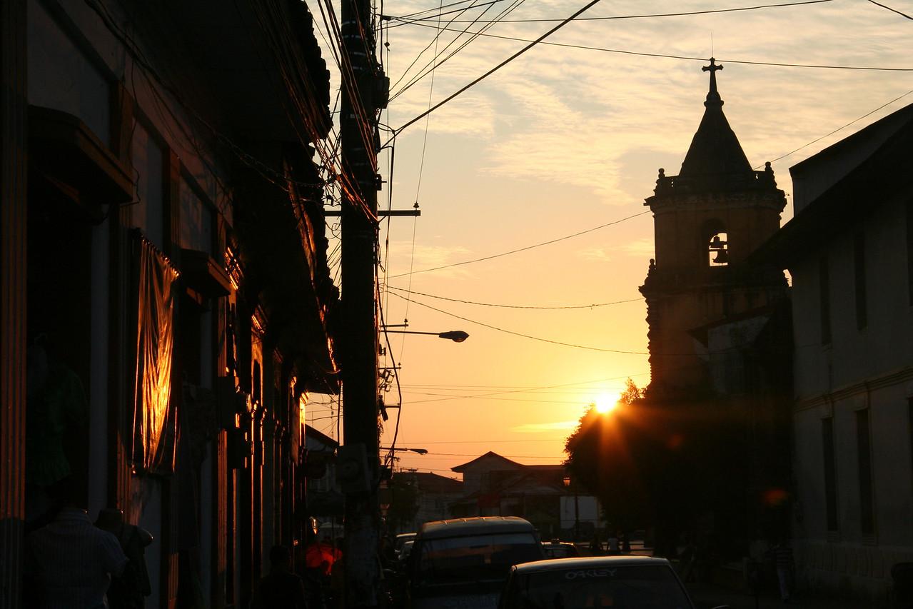 Sonnenuntergang in Léon.