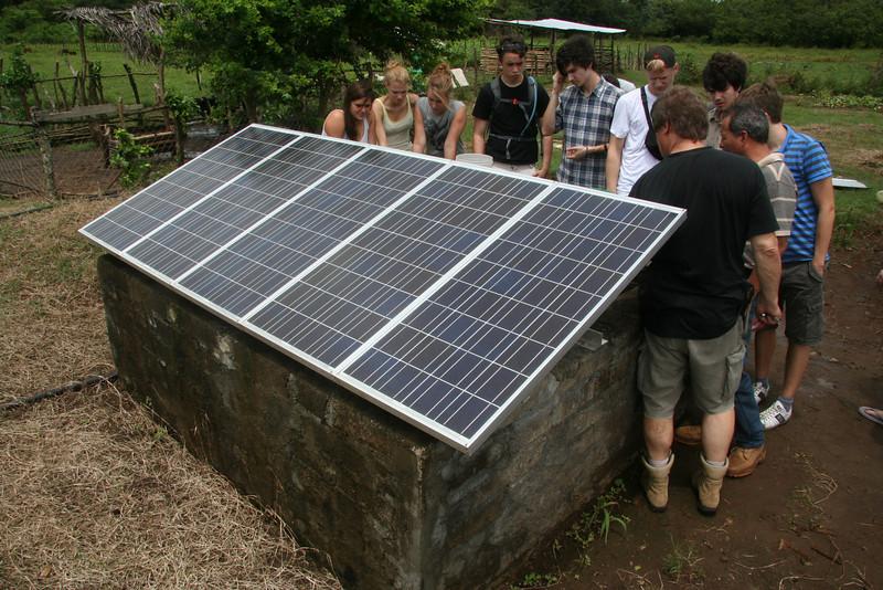 Angekommen: Arbeitsort 1<br /> Damit für Pflanzen und Tiere genug Wasser zur Verfügung steht, soll die Generatorleistung  verdoppelt werden.