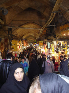 Tehran bazaar is everything an Eastern bazaar should be: huge, layrinthine, chaotic, busy and colourful.