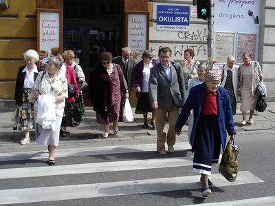 Polish pensioners stampede