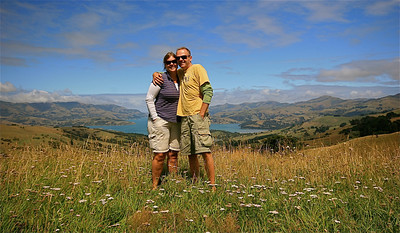 Akaroa Harbour, Summit Road, Banks Peninsula. Zuidereiland, Nieuw-Zeeland.