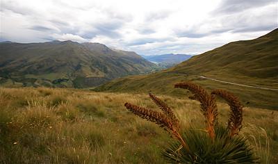Crown Range Road, Cardrona. Zuidereiland, Nieuw-Zeeland.