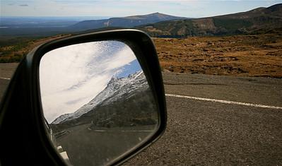 Uit de reeks: 'Spiegelbeeld.' Mount Ruapehu, Tongariro National Park. Noordereiland, Nieuw-Zeeland.