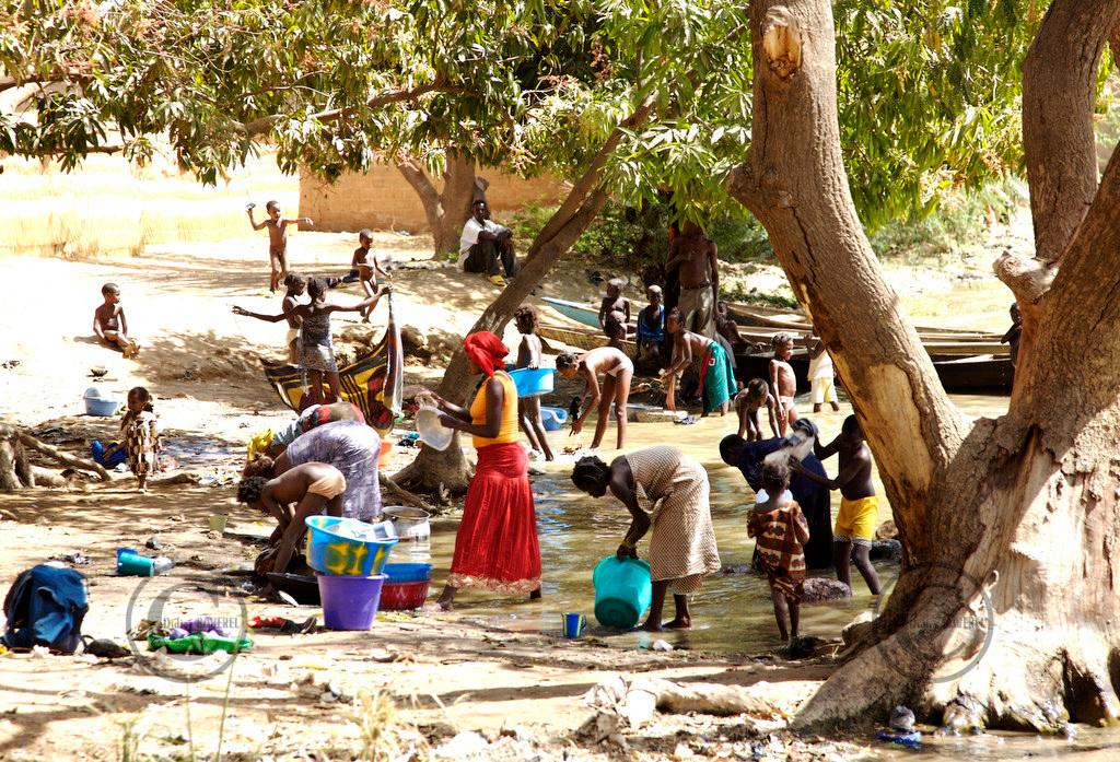Niamey NIGER le 30/01/2007Operation UNICEF Volvic au Niger ©Didier Baverel