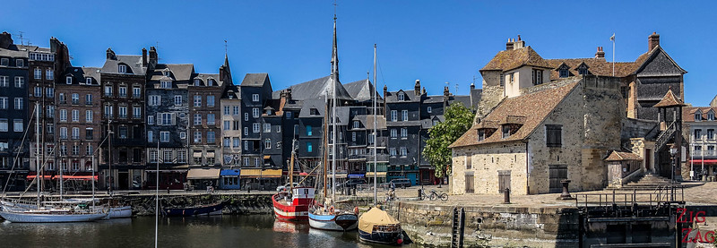 Honfleur old harbor 2