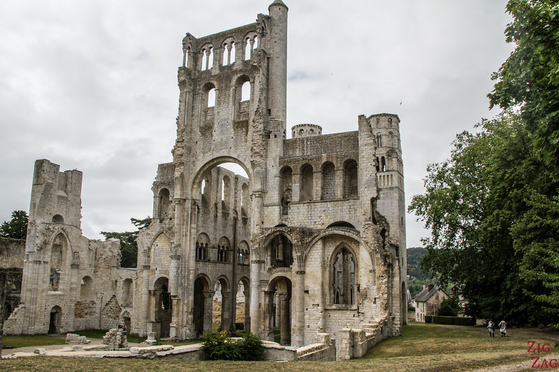 Jumieges Abbey ruins