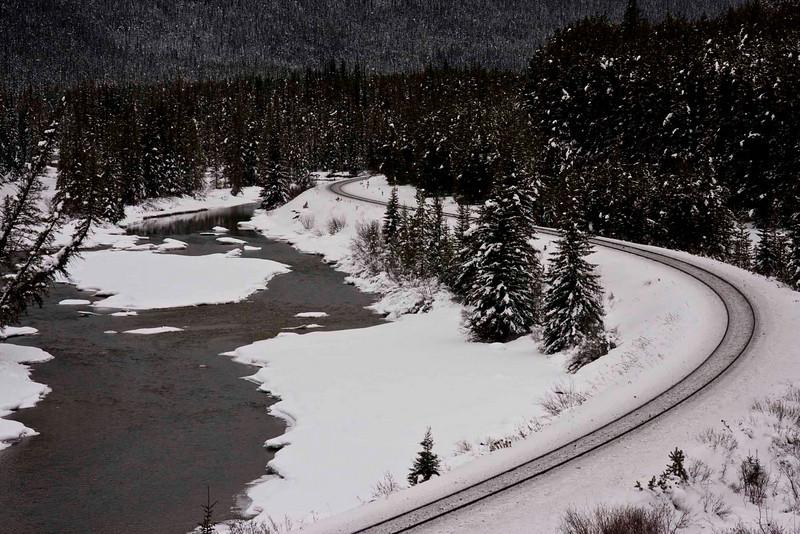 Morant's Curve, Banff National Park (Highway 1A)