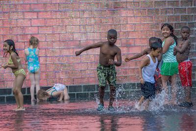Splashing, Millenium Park