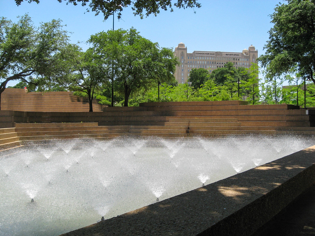 Aerating Pool at Fort Worth Water Gardens